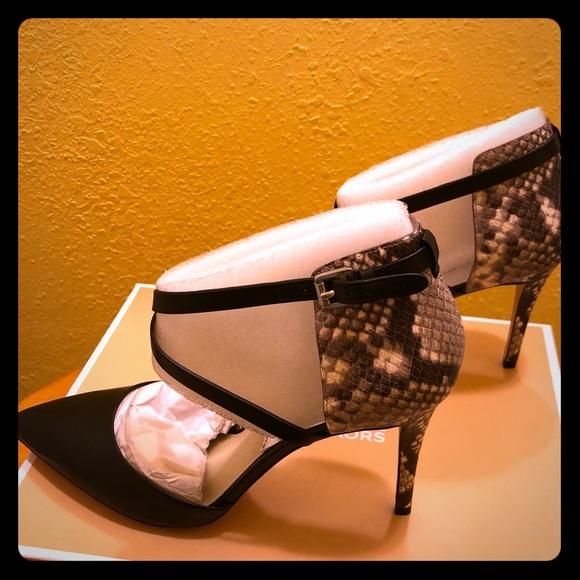 b0fc40483b5e MICHAEL Michael Kors Shoes